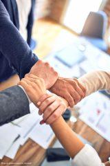 Nie kontrola, a zaufanie – czyli z czym mierzą się menedżerowie…